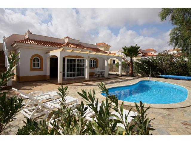 Rear of villa and pool - Villa Gomera, Caleta de Fuste, Fuerteventura